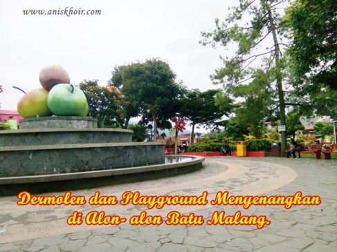 Dermolen dan Playground Menyenangkan di Alon- alon Batu Malang.