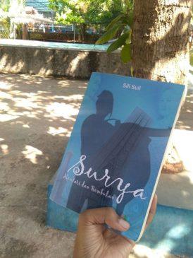 Resensi Novel Surya, Mentari dan Rembulan : Tentang Perjalanan Cinta Pemuda Toraja