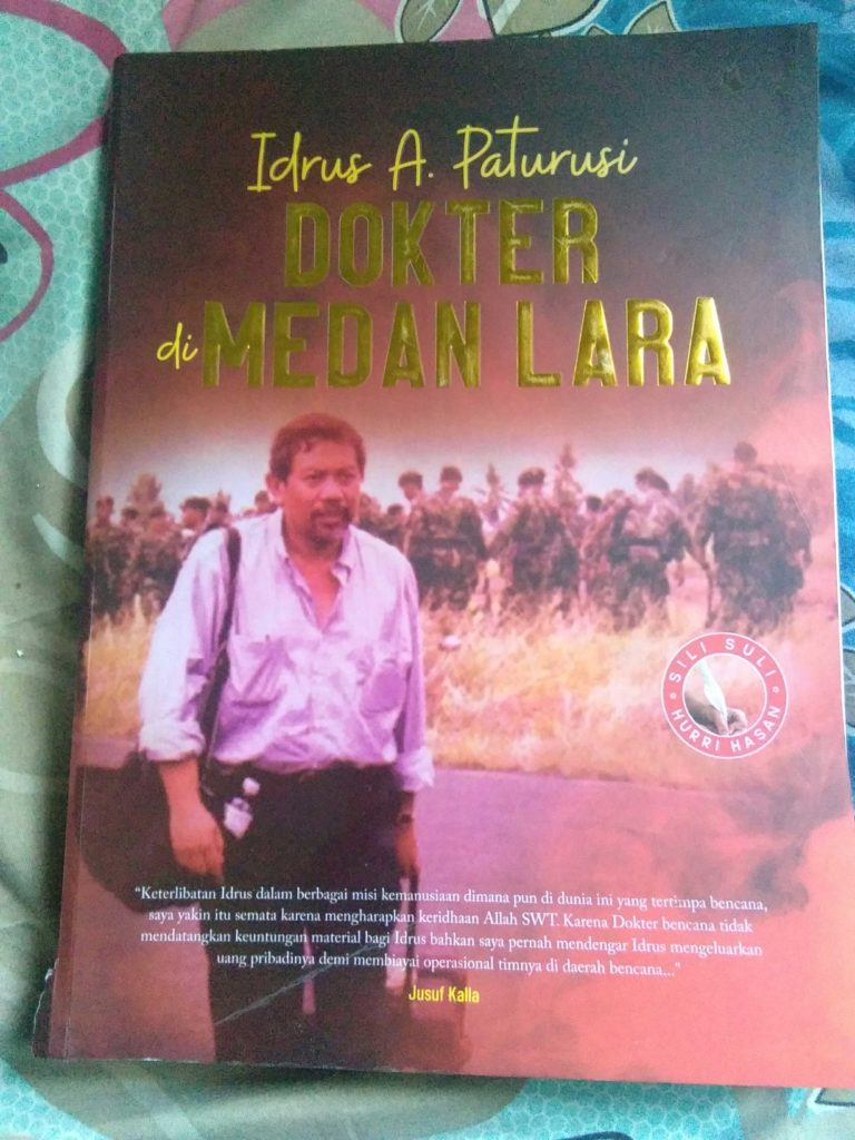 Resensi dan Review Buku Biografi Idrus A. Paturusi : Dokter medan Lara