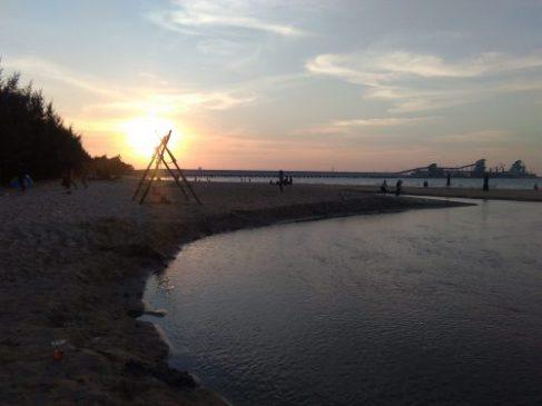 pantai semilir